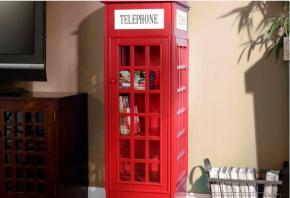 De dia é cabine a noite é estante de livros rs! http://thegadgetflow.com/portfolio/jasper-phone-booth-cabinet/