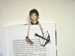 Para os fãs de The Walking Dead! Tem aqui https://www.etsy.com/listing/219157227/the-walking-dead-daryl-bookmark?ga_order=most_relevant&ga_search_type=handmade&ga_view_type=gallery&ga_search_query=&ref=sr_gallery_2