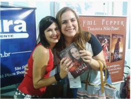 Consegui um autógrafo da FML Pepper!